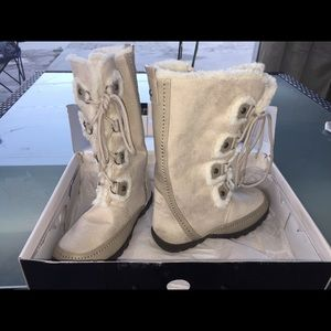 Nine West boots NWT